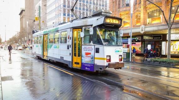 tram_on_street
