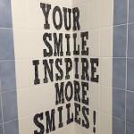 もっとたくさん笑顔に!more smiles【英語004】