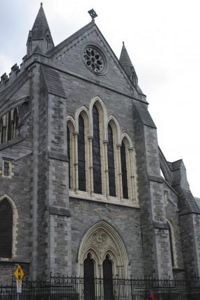 正式名称は「聖パトリックの国立大聖堂およびカレッジチャーチ」